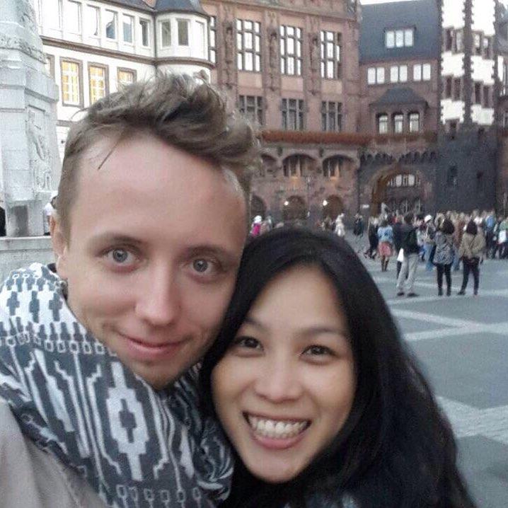 Walking around Frankfurt with my lovely fiancé