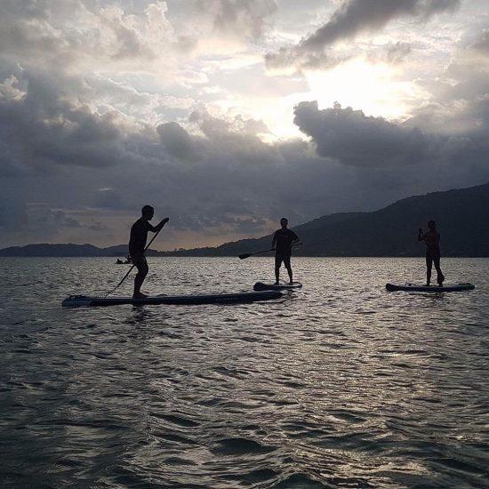 Friday activity #SUP #samui #islandlife 🌴