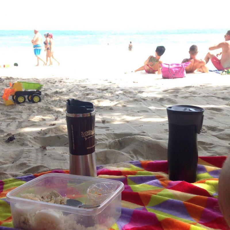 Breakfast picnic #serebiifoodjournal #islandlife 🌴