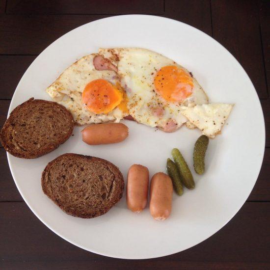My husband made me breakfast. 🍳 love love it