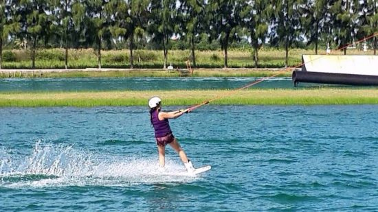 I miss going wakeboarding. 😭😍💕