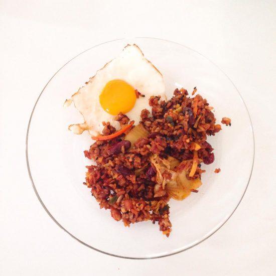 Homemade kimchi & bean fried rice 🍚