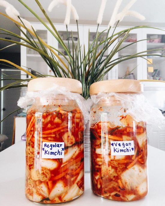 I made kimchi again. This time I made 2 batches, one regular kimchi and the other one is vegan kimchi. I wanted to try this recipe. Instead of using fish sauce, I used kombu seaweed , mushroom 🍄 , Himalayan salt and soy sauce for fishy smell. We are a kimchi family. 😂😍🌴🏝🤗