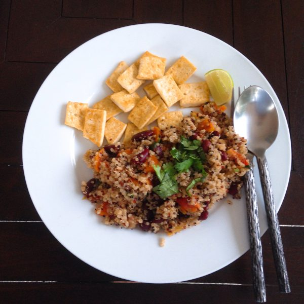 Red curry quinoa (I made my own red curry paste.) Thank you to @cheaplazyvegan for the red curry quinoa recipe. It was very yummy. 😍💕