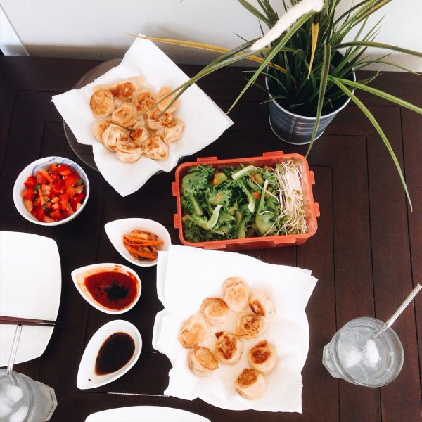@armyxxl and I love to eat Korean food. We make Korean food every week. I love kimchi dumplings so much.  Today we made vegan kimchi dumplings. I created vegan recipes for us using tofu instead of meat. Ingredients: tofu, homemade kimchi, sprouts.. for sauce: Soyu 1: white vinegar 1 🌴🌴🌴🌴PS we were listening to Korean music while eating kimchi dumplings