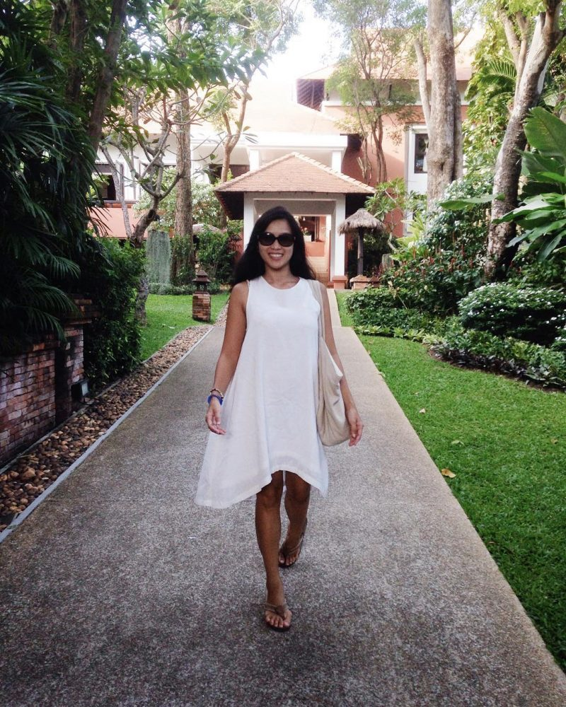 I'm back in where I said I do. #girlonsamui #summerlifestyle #summerdress  #linenlover #wheremyloveis #linen