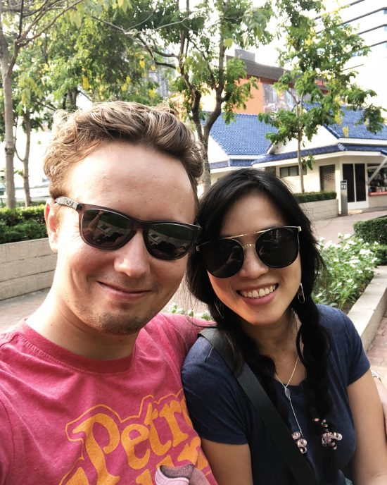 Walking from Asoke to Phrom Phong and back to Sukumvit 23 to avoid traffic on the bts and the road. It was fun walking. We stopped at the Benchasiri park (it's our first time here). Sanook mak ka Markus thank you for your idea. Btw, I'm happy to find Poke (Pronounce: Po-Kay) bowl in Bangkok. It's one of my favorite Hawaiian food. I had tuna poke (it's more traditional 🤣😆.) next time I will try salmon one. It was yummy. The taste was similar to one I had in San Francisco. I never been to Hawaii. Lol one day I will go to eat Poke there.
