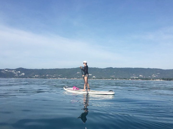 Day 1: Paddle around Koh Samui 10.5 km from Chongmon to Chaweng noi  Credit photos @isupsamui . . . . . . #iloveSUP #keeppaddling #SUP #standuppaddle #standuppaddling #morningSUP #islandlife #happiness #girlonsamui #beachlife #islandgirl #simplelife