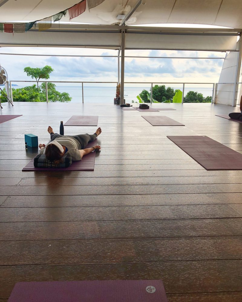Waking up early has become my habit (reminds me of the book is called the Power of Habit by Charles Duhigg) since Samui SUP marathon. 😀 It's a good thing for me and my hubby. This morning I joined a 7 am yoga class before I started working. It was a 2-hour-class. At the beginning of the class we did some stretching and meditated for 20 minutes. Then started sun salutation, and continued the flow. Today's theme in class was Ahinsa/Ahimsa: ahiṃsā อหิงสา - means nonviolence to all living beings including all animals and to ourselves. When you practice yoga, focus on yourself, don't push yourself too hard or out of your own limit. Otherwise you will harm your own body. Your body deserves Ahinsa. I noticed My body is not as flexible as it used to be. I guess I paddled (SUP) a lot last week and plus I worked on my computer by sitting intensively. My hamstring was super tight. 🤣  Soon it will be more flexible again. Just take it slow and keep practicing yoga.  Btw, I always practiced yoga in the evening. My routine has changed. I am gonna do yoga in the morning instead of evening and see how my body can adjust this. It's going to be great. Namaste 🙏🏻. . . . #yogajourney #yoga #yogini #happyyogini #ahimsa #yogaoftheday #yogamotivation