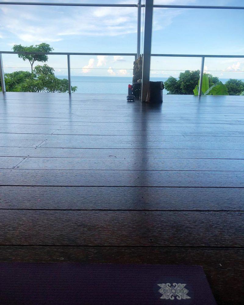 Yin yoga class 🧘🏻♀️ . #yogajourney #yoga #yogini #happyyogini #yinyoga #friyay🙌 #yogaoftheday #yogamotivation
