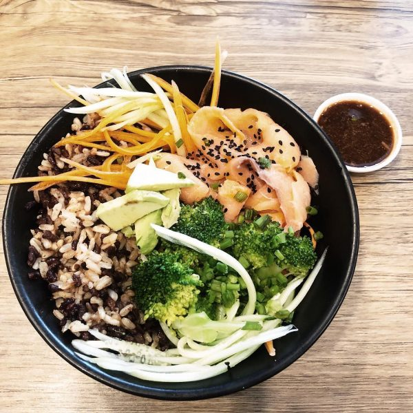 We had brown rice salmon sushi bowl and chicken mango bowl at the hungry wolf. I love that they have options for vegan, vegetarian, seafood and meat eaters. The food are great! Highly recommend it!