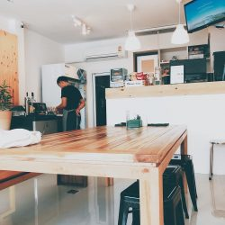 We just found a new nitro cold brew coffee and board game cafe in lamai
