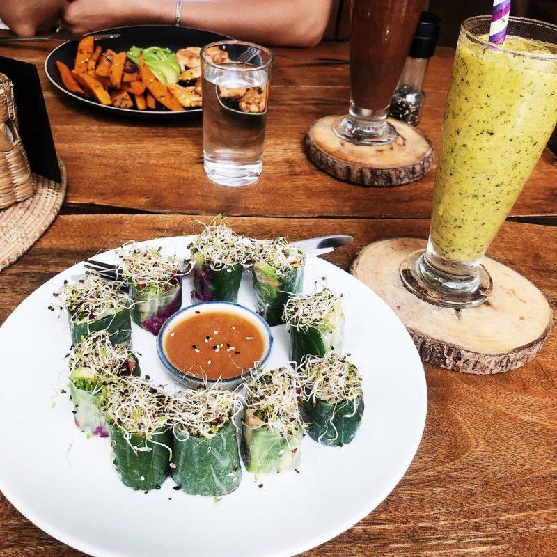 I love wild rolls (avocado, veggies, pickled purple cabbage) and wild passion smoothie. 🥰