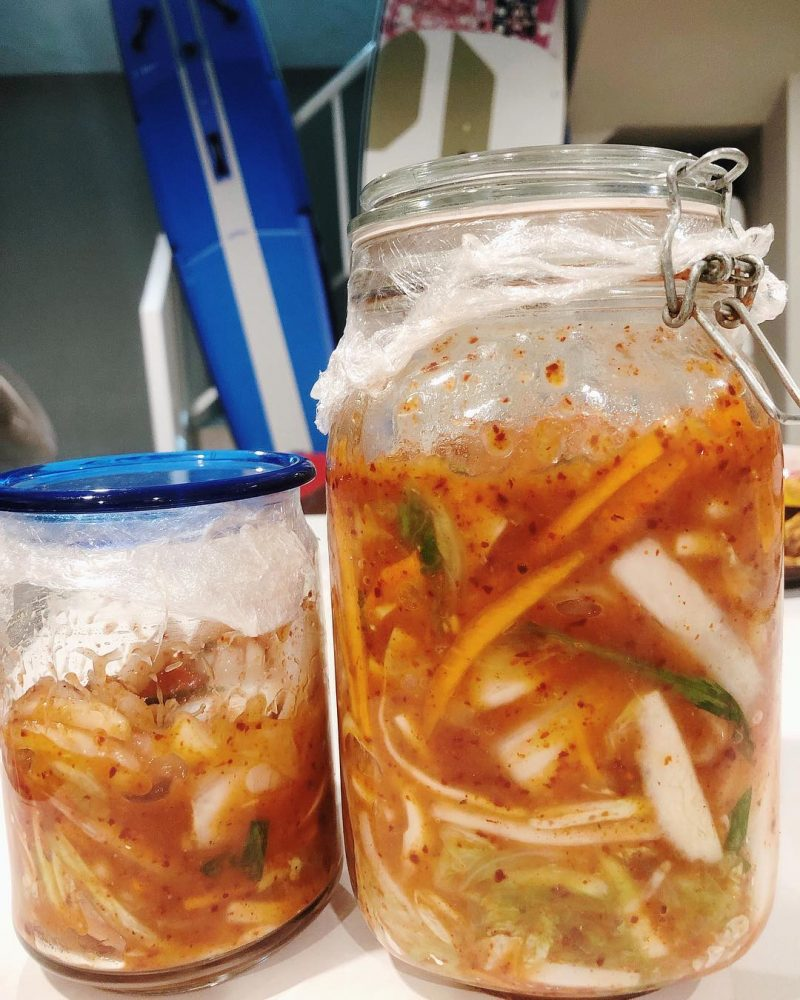 I love eating Korean food. At home I always collect Korean ingredients for making Korean food. Before I went to CrossFit 🏋🏻‍♀️ this evening, I prepared all ingredients to make kimchi. 🥕 🥬  I always follow the kimchi recipe from Maangchi but reduce the amount of sugar. My kimchi will be ready tomorrow - I can't wait to eat it! 😋 🤗