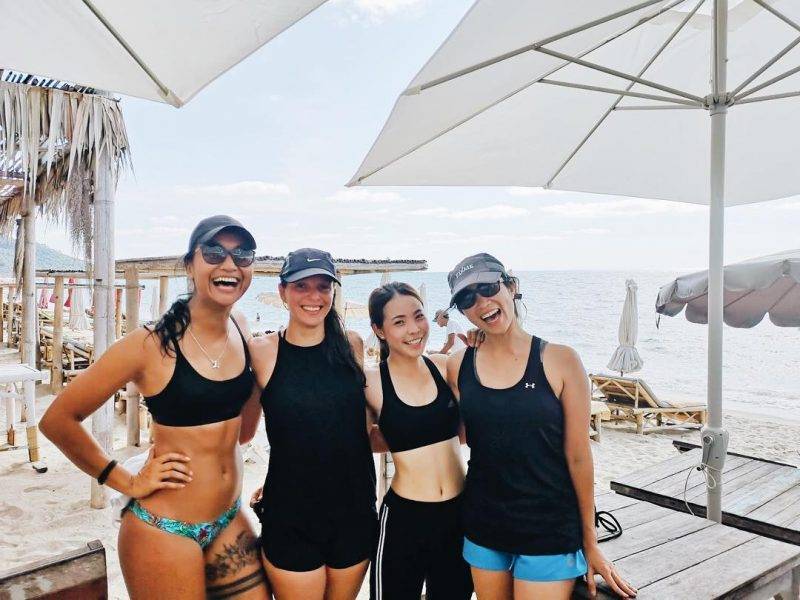 We did CrossFit on the beach at 8 am today. It was super fun. Love it! 🥰🏋🏻♀️🏖🌴🏝 Thank you to Greg for yummy breakfast at Baobab.