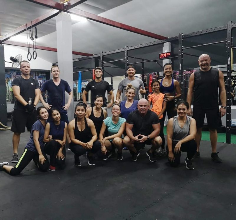 Happy Monday! We had so much fun doing CrossFit today. Thank you coach Mike @coach_mike_kohsamui.🙏🏻 💪🏻 #fitness #crossfit #lamaibeachcrossfit #samui #thailand #crossfitsamui #getfitwithme #funworkout #stronggroup #workoutmotivation #workoutinspiration #fitcouple #crossfitcommunity #goodvibes