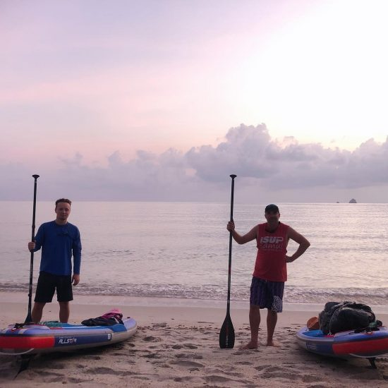 Good morning! 🌞 Markus and Ian are going to be paddling from Koh Samui to Koh Phangan this morning. Good luck and paddle safely. 😆😆😆😆 March 29, 2019 😆🏝🏖🌊
