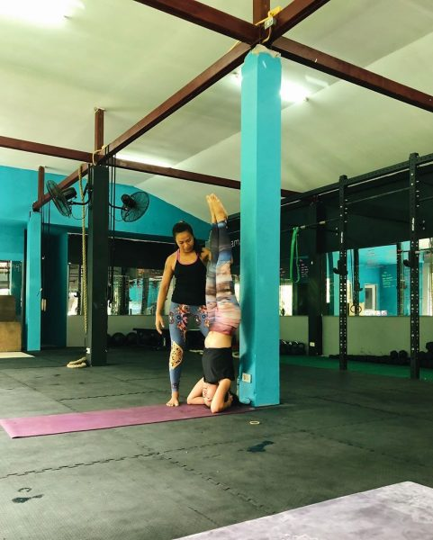 It has been a while. I'm back on the mat again. Morning yoga class with Teacher Noi at Lamai Beach Crossfit Namaste 🙏🏻 🧘🏻‍♀️💪🏻🥰 ➡️➡️➡️➡️➡️➡️➡️. #yogajournal #yoganote #yogilife #yoga #yogainspiration #yogaeverydamnday #yogamotivation #yogabuddies
