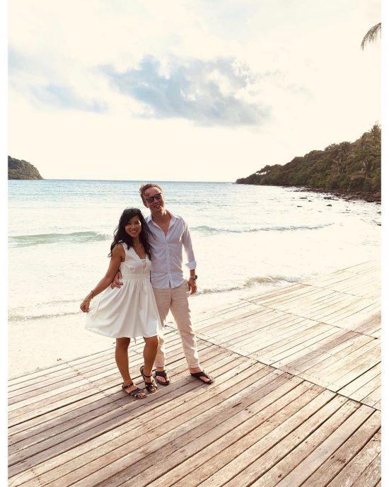 You are my sunshine 🌞. I've become a happier person because of you.🥰 @armyxxl . . . . . .  #perfectweather #lifeisgood 🌴🏝#kohkood #sea #sand #sun #livingthedream #dreamlife #bethere #islanders #islandgirl #ilovethebeach #worklifebalance