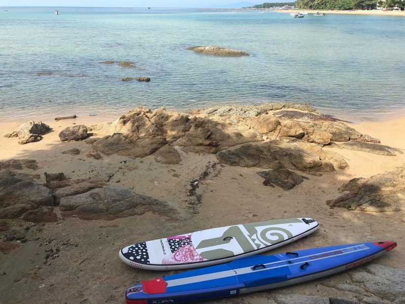 Fun paddle with friends  #perfectday #beachlife #islandlife #happyislanders #lifeisgreat #kohsamui #thailand #SUP  #standuppaddleboarding #paddleboard