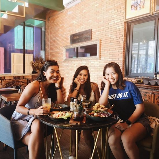 Eating trip with the girls, we had a good laugh 😆 and thank you for supporting my driving (especially parking). Lol 😆  4 hours of eating 🍽 🤪🤪🤪 We had 3 stops today: 1.Roadless travel 2.So cafe' x Samui  3.Lamello cafe  Find the map of where I ate on:  girlonsamui.com/map . . . . . . #trainhardeatharder