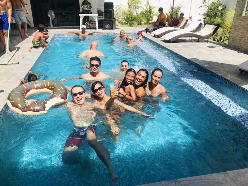 Throwback we went to Cyril's pool party with Lamai Beach Crossfit crew. The food and everything were great! We had a lot of fun that day.