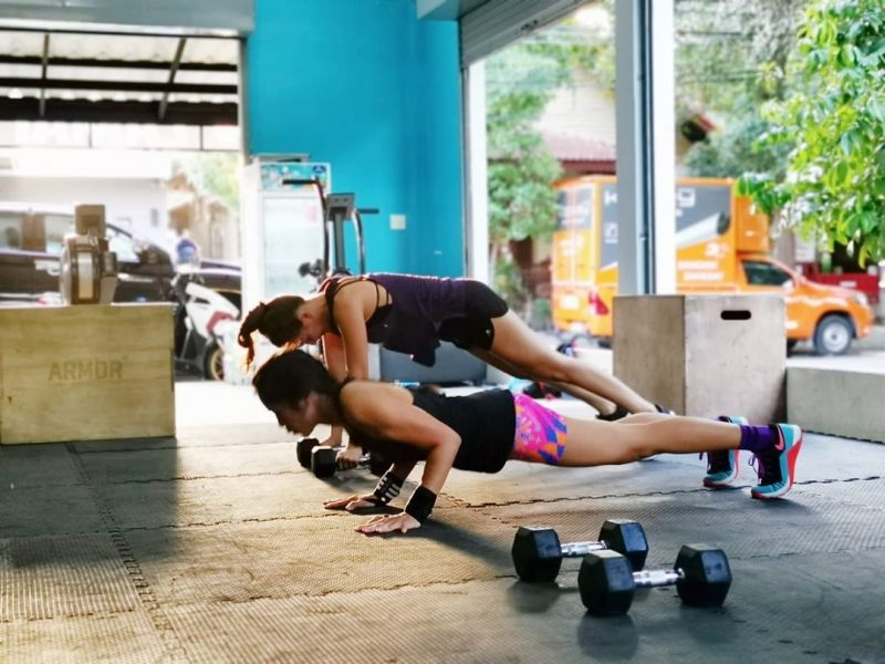 Fun Friday at the gym  Thank you to @fun_o_o for the pictures. 🥰🥰🥰.⠀ .⠀ .⠀ .⠀ .⠀ .⠀ #crossfitdiary #fitness #crossfit #lamaibeachcrossfit #samui #thailand #crossfitsamui #getfitwithme #funworkout #stronggroup #workoutmotivation #workoutinspiration #goodvibes  #frontsquat #crossfitthailand #thailandcrossfit #crossfiteverydamnday