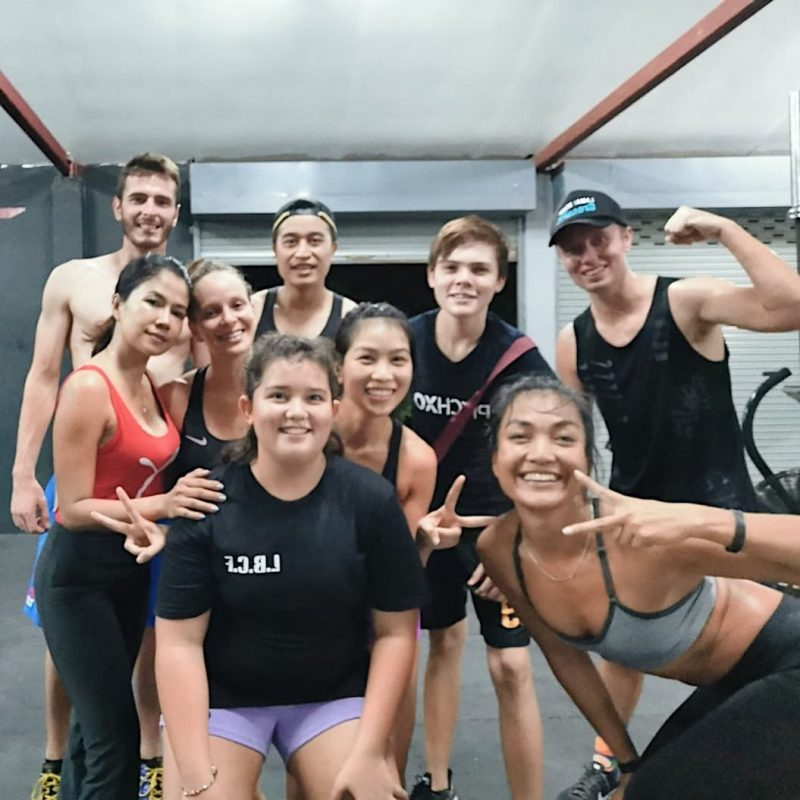Day 2 with coach Tui and last day of training with Antoine .⠀ .⠀ .⠀ #crossfitdiary #fitness #crossfit #lamaibeachcrossfit #samui #thailand #crossfitsamui #getfitwithme #funworkout #stronggroup #workoutmotivation #workoutinspiration #goodvibes  #crossfitthailand #thailandcrossfit #crossfiteverydamnday