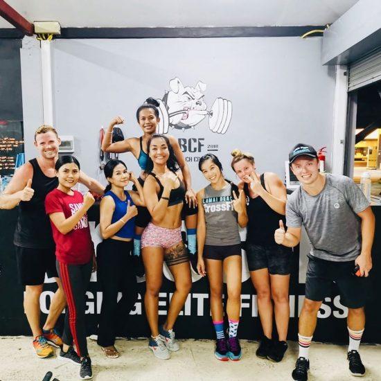 Throwback CrossFit last Friday .⠀📸 @fun_o_o .⠀ #crossfitdiary #fitness #crossfit #lamaibeachcrossfit #samui #thailand #crossfitsamui #getfitwithme #funworkout #stronggroup #workoutmotivation #workoutinspiration #goodvibes  #crossfitthailand #thailandcrossfit #crossfiteverydamnday
